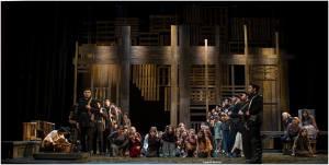 """""""El coro de los niños callejeros"""", escena de la ópera Carmen de G. Bizet por Juventus Lyrica"""